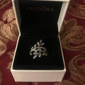 Pandora silver vine ring